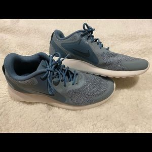 Women's NIKE Zaca Blue Running Shoes Size 9.5